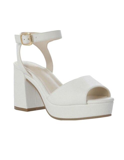 12b301168a9 Sandalia Westies blanca. Precio ...