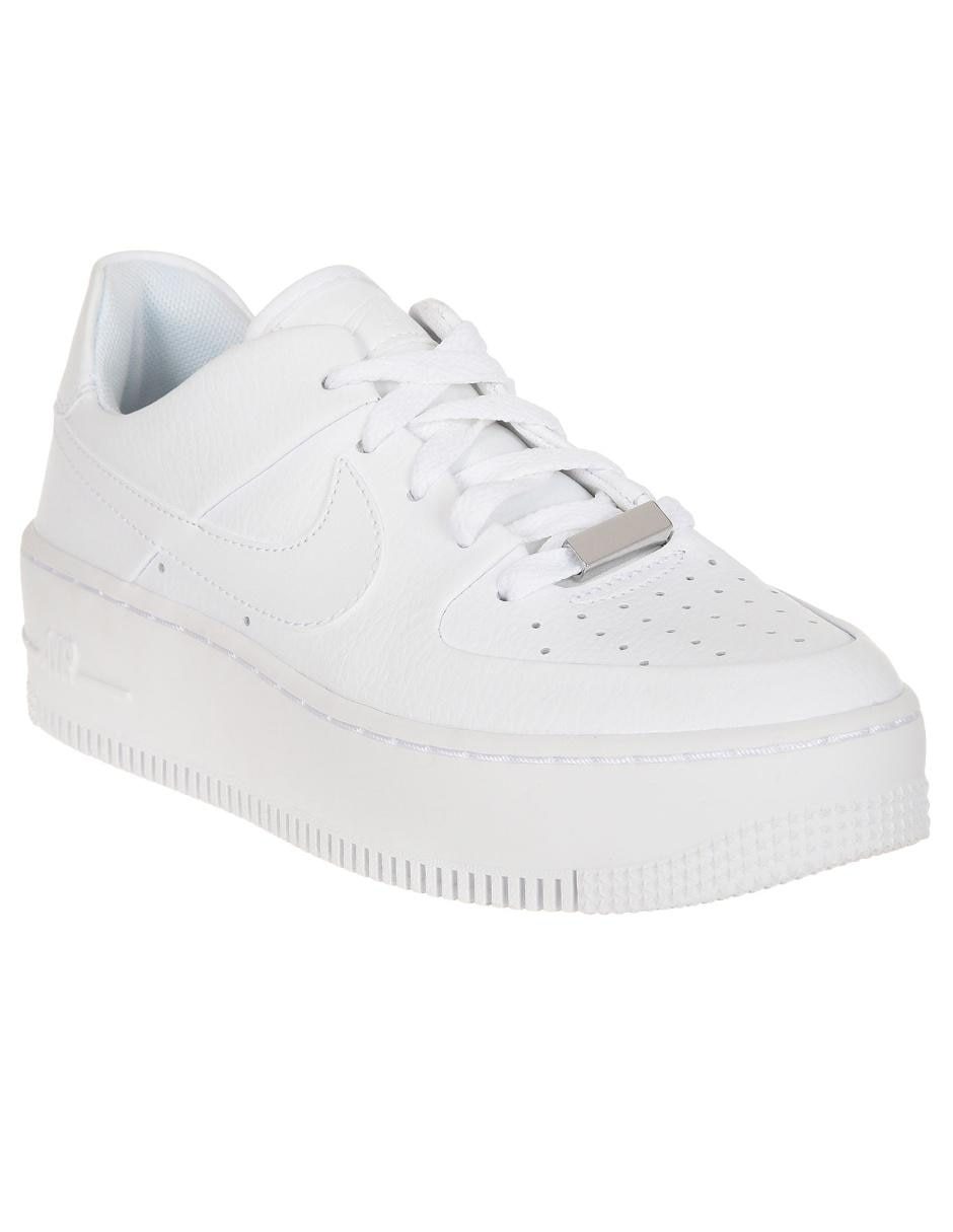 Tenis Nike Air Force 1 Sage Low piel blanco
