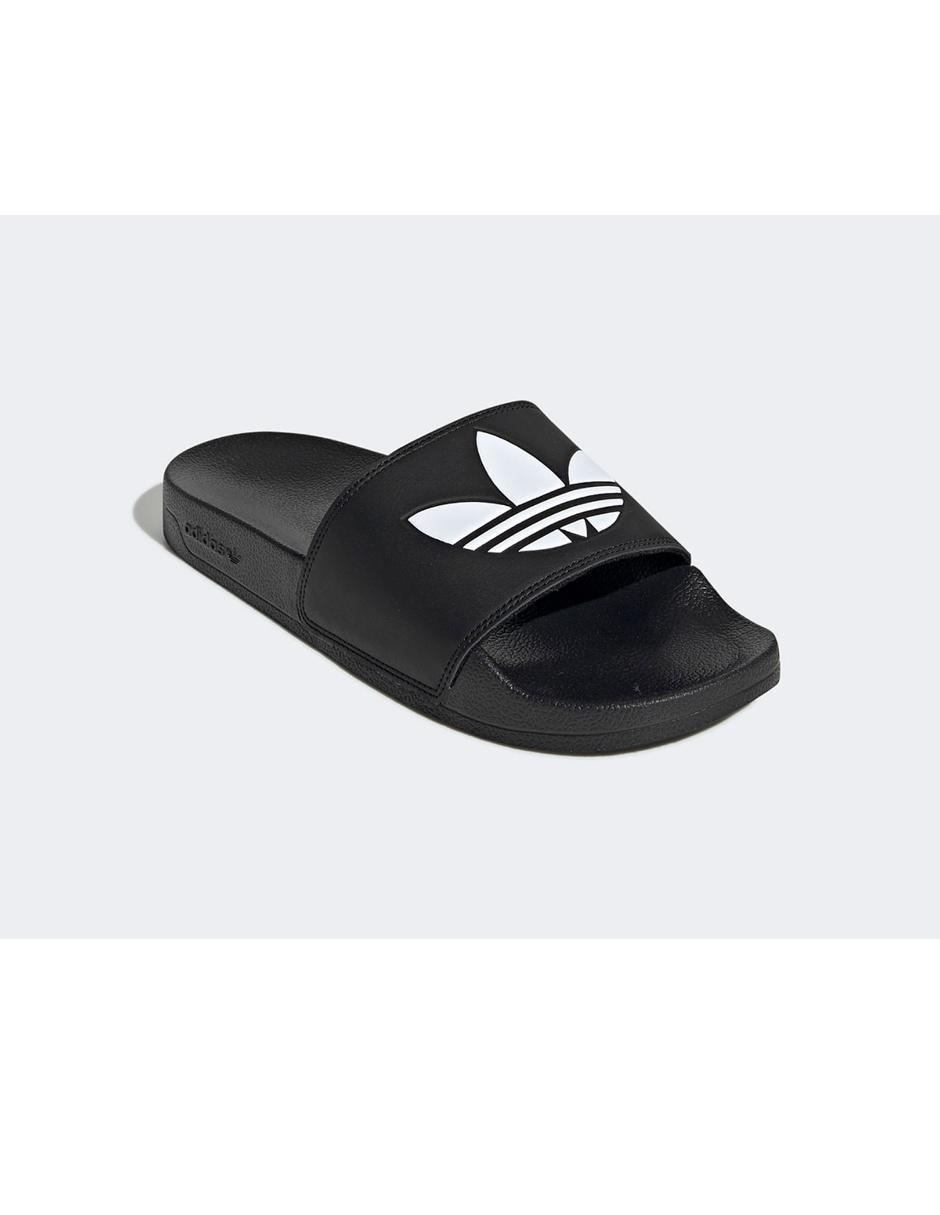 camuflaje Oxidado Volver a llamar  Sandalia Adidas Originals negra con logotipo en Liverpool